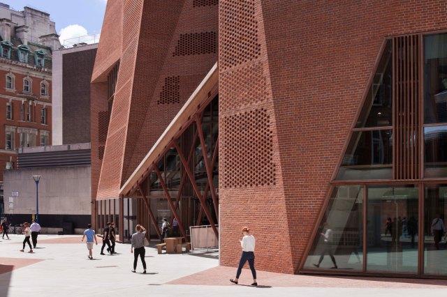O'Donnel and Tuomey, Student Center de la London School of Economics -2014-15