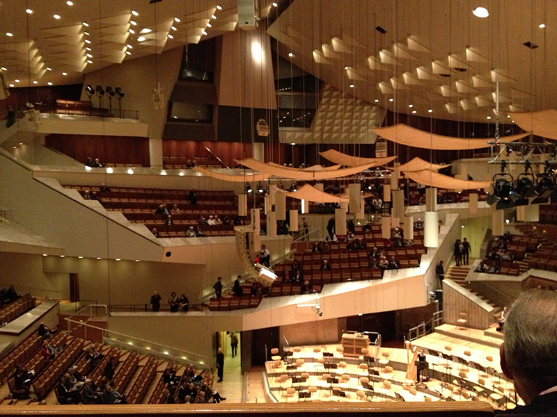 26 Interior de la Berliner Philarmonie de Hans Sharoun.jpg